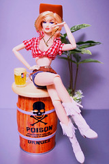 Pinup girl (RockWan FR) Tags: pinupgirl anja fashionroyalty fashiondoll integritytoys nuface