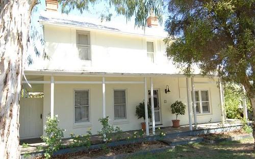 98 Russell Street, Deniliquin NSW 2710