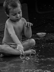Golden Age (walterhcafiso92) Tags: goldenage summer summertime water cat kid verano agua amateurphotographer greyscale nostagia