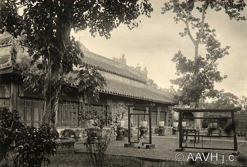 Huế 1928 - TRIỆU MIẾU - miếu thờ Nguyễn Kim, thân sinh của chúa Tiên Nguyễn Hoàng.