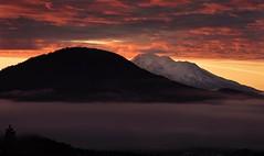 above, and below the clouds... (Alvin Harp) Tags: sonyilce9 fe70200mmf28 november 2017 cloudsstormssunsetssunrises sunrise hilt northerncalifornia i5 mountshasta naturesbeauty alvinharp
