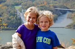The Kids Atop Anthony's Nose (Joe Shlabotnik) Tags: october2017 newyork violet 2017 anthonysnose hudsonriver river everett afsdxvrzoomnikkor18105mmf3556ged