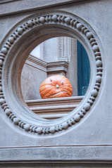 mr smiley (avflinsch) Tags: ifttt 500px street smile nyc pumpkin frame w 74th st