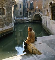 Long time ago in a Venetian winter (giorgiorodano46) Tags: febbraio1981 february 1981 venezia italy inverno winter hiver canale canal leila analogic giorgiorodano