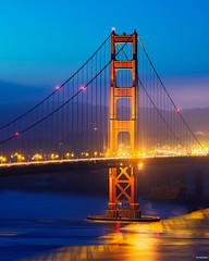 Golden Gate Bridge Tower (davidyuweb) Tags: sfist sanfrancisco goldengatebridge 三藩市