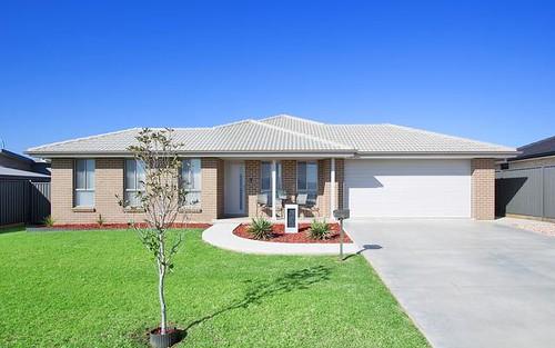 15 Grand Meadows Drive, Tamworth NSW