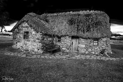 Leanach cottage, Culloden Battlefield, A study (PictishImages) Tags: 2008 culloden scotland battlefield leanach battle historical jacobite blackandwhite mono blackwhite 18mm nikon d80
