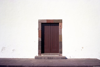 The door. I allways wonder what you can find inside. You too ?