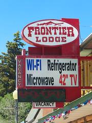 Frontier Lodge (jimsawthat) Tags: smalltown motel vintagemotel lander wyoming plasticsign metalsign