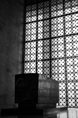 to the death of a (pierre-vdm) Tags: atatürk anıtkabir tombe tomb mémorial memorial grabmal ankara 10november 10novembre 10thofnovember turquie türkiye turkey türkei mort death tod