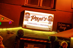 Papi's (----------------------xxx-----------------------) Tags: vienna wien austri europe centraleurope city travel autumnwinter fuji fujifilm digital csc color colour xe1 fujixe1 fujinon 35mm