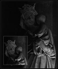 3 - Reims - Cathédrale Notre-Dame - Vierge à l'Enfant - Détails (melina1965) Tags: reims marne grandest octobre october 2017 nikon d80 noiretblanc blackandwhite bw macro macros statue statues église églises church churches sculpture sculptures mosaïque mosaïques mosaic mosaics collages collage