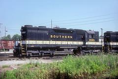 Southern SD35 3083 (Chuck Zeiler) Tags: sr sou southernrailway railroad emd locomotive chuckzeiler chz