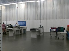 Café area under wraps - view from the checklanes (l_dawg2000) Tags: 2017remodel apparel café desotocounty electronics food gasstation meats mississippi ms pharmacy photocenter remodel samsclub southaven tires walmart wholesaleclub unitedstates usa