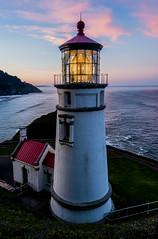 SunRhec10312017-8_edited-1 (Ranbo (Randy Baumhover)) Tags: oregon oregoncoast pacificocean sunrise lighthouse hwy101 heceta