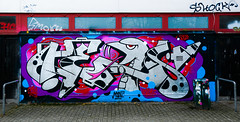 HH-Graffiti 3445 (cmdpirx) Tags: hamburg germany reclaim your city urban street art streetart artist kuenstler graffiti aerosol spray can paint piece painting drawing colour color farbe spraydose dose marker throwup fatcap fat cap hip hop hiphop wall wand nikon d7100 crew kru throw up bombing style mural character chari outline