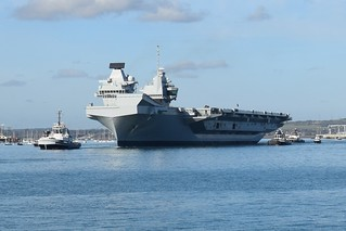 HMS Queen Elizabeth leaving Portsmouth Harbour
