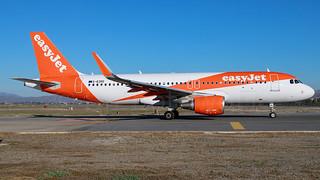 easyJet Airbus A320-2 G-EZRE