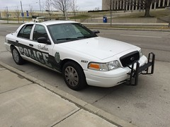 Siclair Comunity Collage Police Departmet (Evan Manley) Tags: sinclair comunity collage ohio dayton policedepartment policecar police downtown fordcrownvictoria