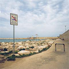 trani (thomasw.) Tags: trani apulien perugia italia italien italy europe europa travel travelpics wanderlust analog cross crossed mamiya mf 120