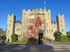 Hever Castle, Kent (Linda 2409) Tags: castle drawbridge portcullis