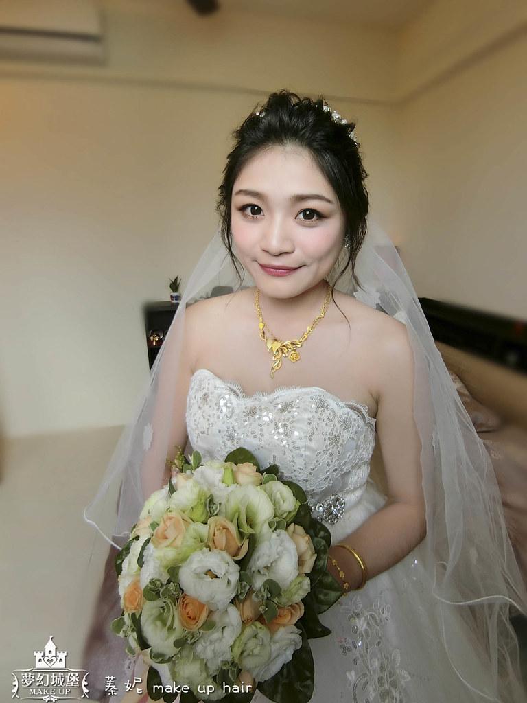 【新秘蓁妮】bride星妘 訂結婚造型 / 台中自宅