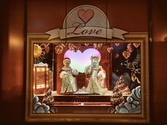 Macy's - Part 1 (ancientlives) Tags: chicago illinois il macys statestreet christmas window love decorations display streetphotography walking holidays november 2017 thursday autumn loop downtown city lights night ngc