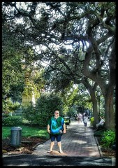 10/22/17 - Park Squares in downtown Savannah, GA (CubMelodic23) Tags: october 2017 vacation trip savannah georgia savannahga parks squares park downtown hdr trees liveoaks me dave selfportrait