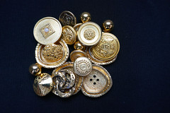 Bright gold (Monceau) Tags: buttons button gold bright diverse