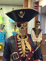 "Pirate Statue • <a style=""font-size:0.8em;"" href=""http://www.flickr.com/photos/28558260@N04/24122251587/"" target=""_blank"">View on Flickr</a>"