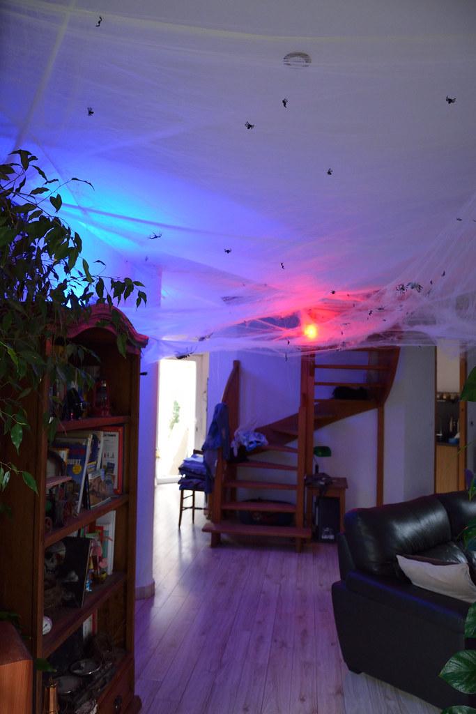 Cheap Halloween Decoration Interieur Maison David Humo Tags Halloween  Araigne With Halloween Dcoration Maison