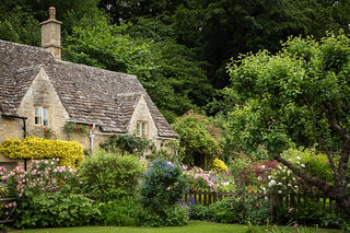 Bibury cottages, Cotswolds