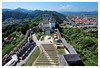 ceje il castello slovenia (Giorgio Serodine) Tags: castello panorama dallalto grandangolo sigma canon pietraa scalini erba case alberi muraglia tetti tendoni fiume vista citta ponti cielo montagne colline fortificazione strade