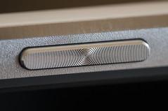 Power button (Guillermo Relaño) Tags: tablet pad mediapad huawei guillermorelaño nikon d90 tamron 90mm macro button botón power encendido raynox tamrom m3 84