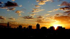 Sunrise over Manhattan (HervelineG) Tags: sunrise leverdesoleil manhattan newyork sky ciel clouds nuages rx100 explore