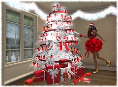 Your Presents are all Wrapped with Bows on Them Pryce Christmas Challenge (Esme Capelo) Tags: lawrence pryce esme capelo sl second life
