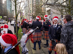 2017_SFUPB_SC_Parade_20171203-GM1-1080564 (SFU Pipe Band Organization) Tags: rmmpb rmmpipeband sfupb sfupipeband britishcolumbia canada christmas gvrd performance santaclausparade vancouver where