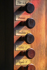 Tirants de registre (chando*) Tags: brittany bretagne finistère porspoder orgue organ stopknobs instrument