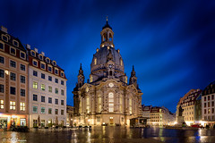 Frauenkirche in Dresden at beautiful blue hour (bachmann_chr) Tags: frauenkirche travel reisen architecture architektur germany sightseeing nikon nikkor d750 dresden landeshauptstadt sachsen saxony blaue stunde blue hour