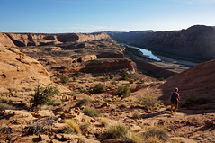 leaving Gold Bar (rovingmagpie) Tags: utah moab coloradoriver goldbararch shadows kani fb2017