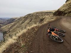 A brrrrrr Flora Loop Ride (Doug Goodenough) Tags: bicycle bike pedals spokes cycle 29 plus surly ecr trek 1120 scott jen flora oregon redmond grade grand ronde river canyon climb dec december cold drg53117 drg53117p drg531