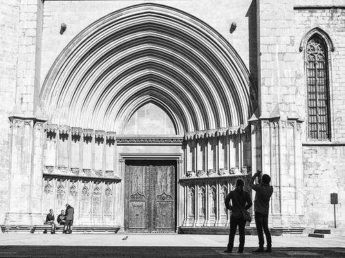 Puerta de los Apostoles, Catedral de Girona