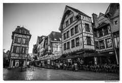Troyes - rue Champeaux (Maryline ROHER) Tags: troyes aube champagne
