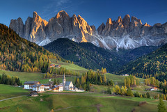 Dolomite Classic (hapulcu) Tags: altoadige chiusa herbst italia italie italien italy klausen südtirol automne autumn autunno toamna