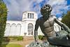"""Insel Rügen - Putbus, """"Sterbender Gallier"""" vor der Orangerie (www.nbfotos.de) Tags: inselrügen putbus schlosspark orangerie statue skulptur sculpture sterbendergallier bronze mecklenburgvorpommern"""