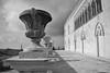 Maestosità (alice_fiore_1988) Tags: sicilia donnafugata castello terrazza sky neogotico reggia scorcio vasi ragusa
