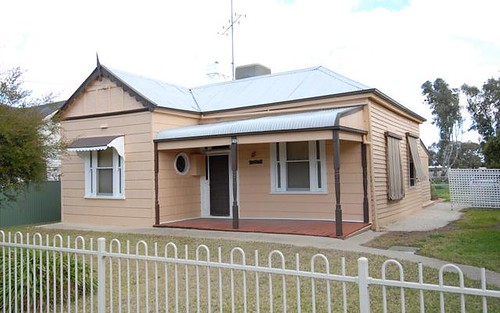 424 Cressy St, Deniliquin NSW 2710