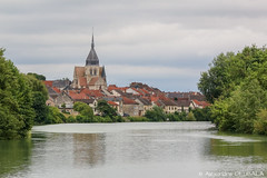 Damery seen from the middle of Marne river (Alexandre D_) Tags: canon eos 70d landscape city cityscape village marne river fleuve rivière france epernay champagne vigne vignes vineyard rural campagne water trees church history house houses maison architecture sigma sigma120400mmf4556oshsm boat eau bateau croisière sky clouds summer visit travel voyage beautiful belltower bell clocher tower old nature natural naturallight availablelight outdoor outside colors color couleur colour colours green roof french choir nef nave transept