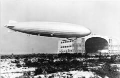 henry cord meyer image (San Diego Air & Space Museum Archives) Tags: lakehurst lakehurstnas naslakehurst unitedstatesnavy usnavy usn navalaviation aviation lighterthanair airship dirigible usslosangeleszr3 usslosangeles zr3 lz126 luftschiffbauzeppelin zeppelin maybach maybachvl1