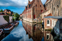 Old St John's Hospital (Tony Shertila) Tags: bruges brugge dijver architecture bridge brussels building canal city cityscape europe water 20170831093120 oldstjohnshospital window arch reflection boat sky cloud belgium outdoor vlaanderen bel